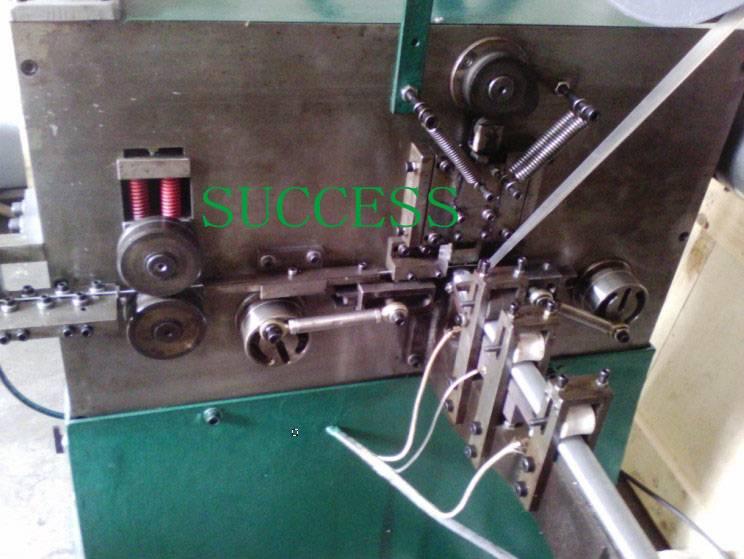 AUTOMATIC C-RINGS EQUIPMENT C17/C22/C23/C24