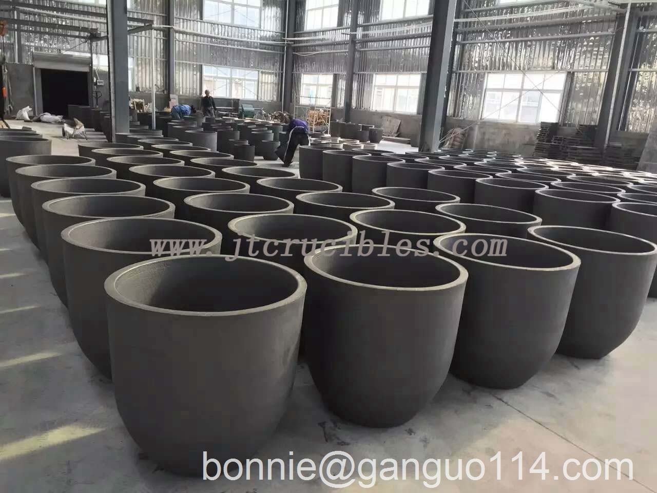 high quality casting industry clay bonded graphite crucibles