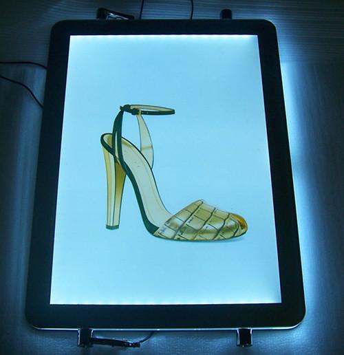 ECO-friendly light box for window display