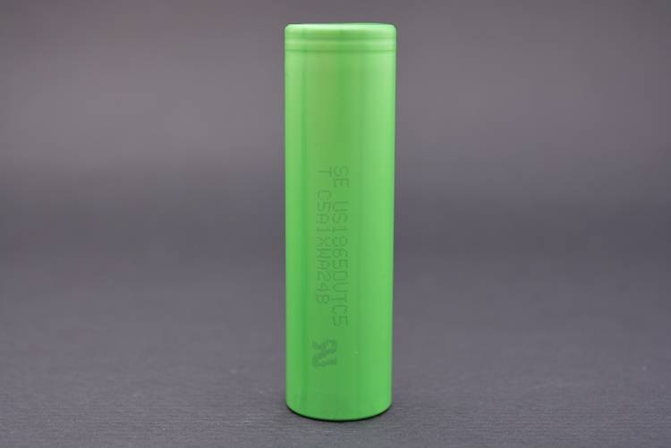 new stock US18650 VTC5 30A 2600mAh rechargeable high power cell