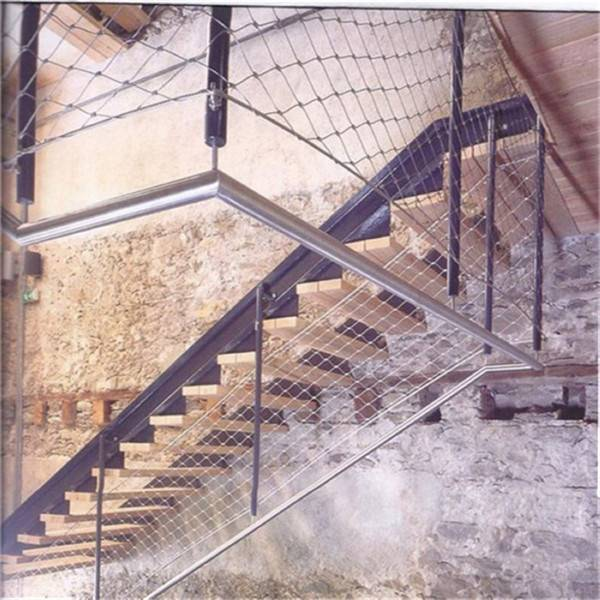 Custom-Manufactured Inox X-tend Cable Mesh For Staircase