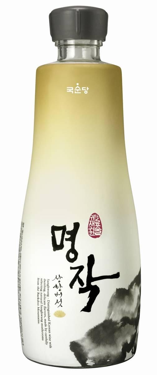 Korean Medicinal Mushroom Wine 'Myungjak Sanghwang'