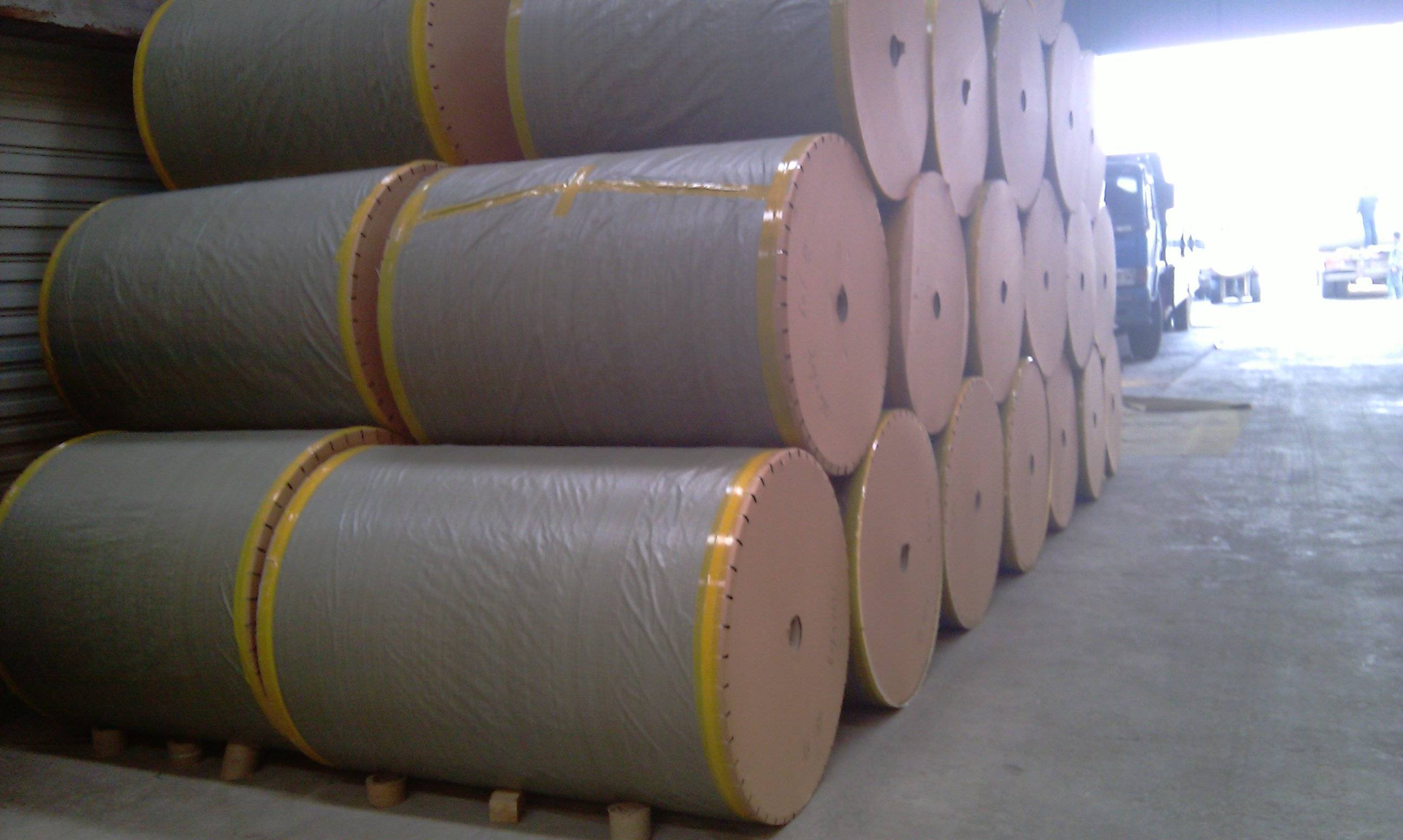 Kraft Test Liner (paper) Manufacturer, Supplier & Exporter
