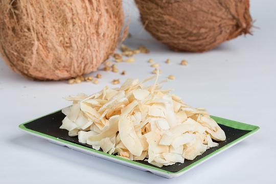Coconut chip snack