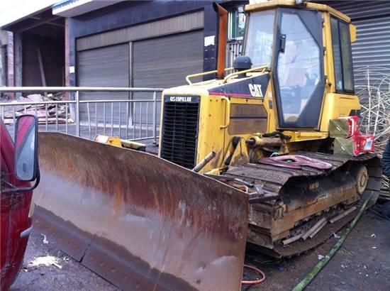 Used cat D5G bulldozer