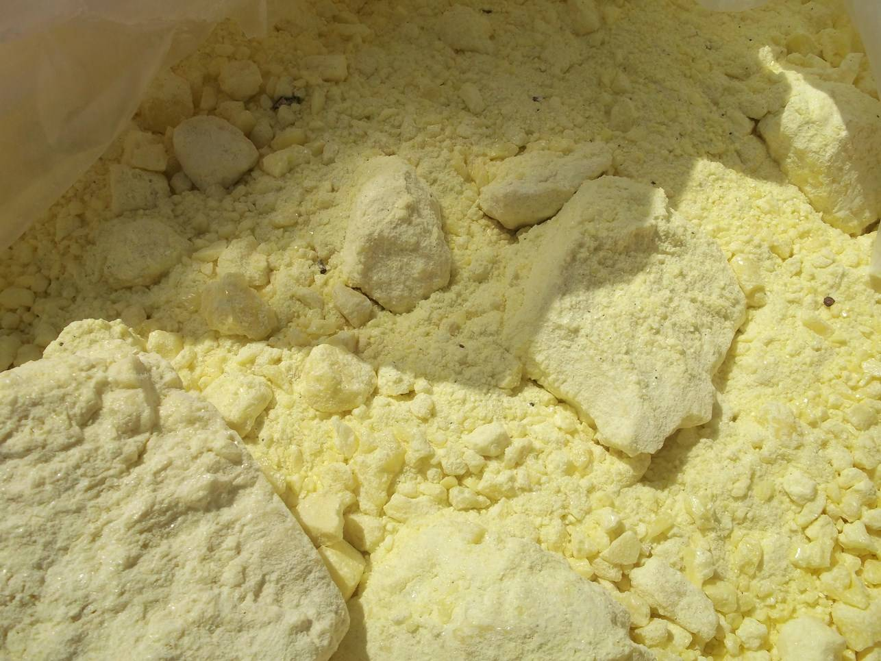 Sulphur Lumps, Powder, Flakes, Granular