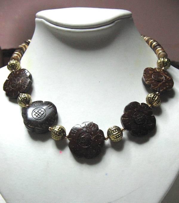 Coco Flower Necklace