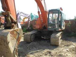Offer Used Excavator HITACHI EX200-3,hydraulic excavator