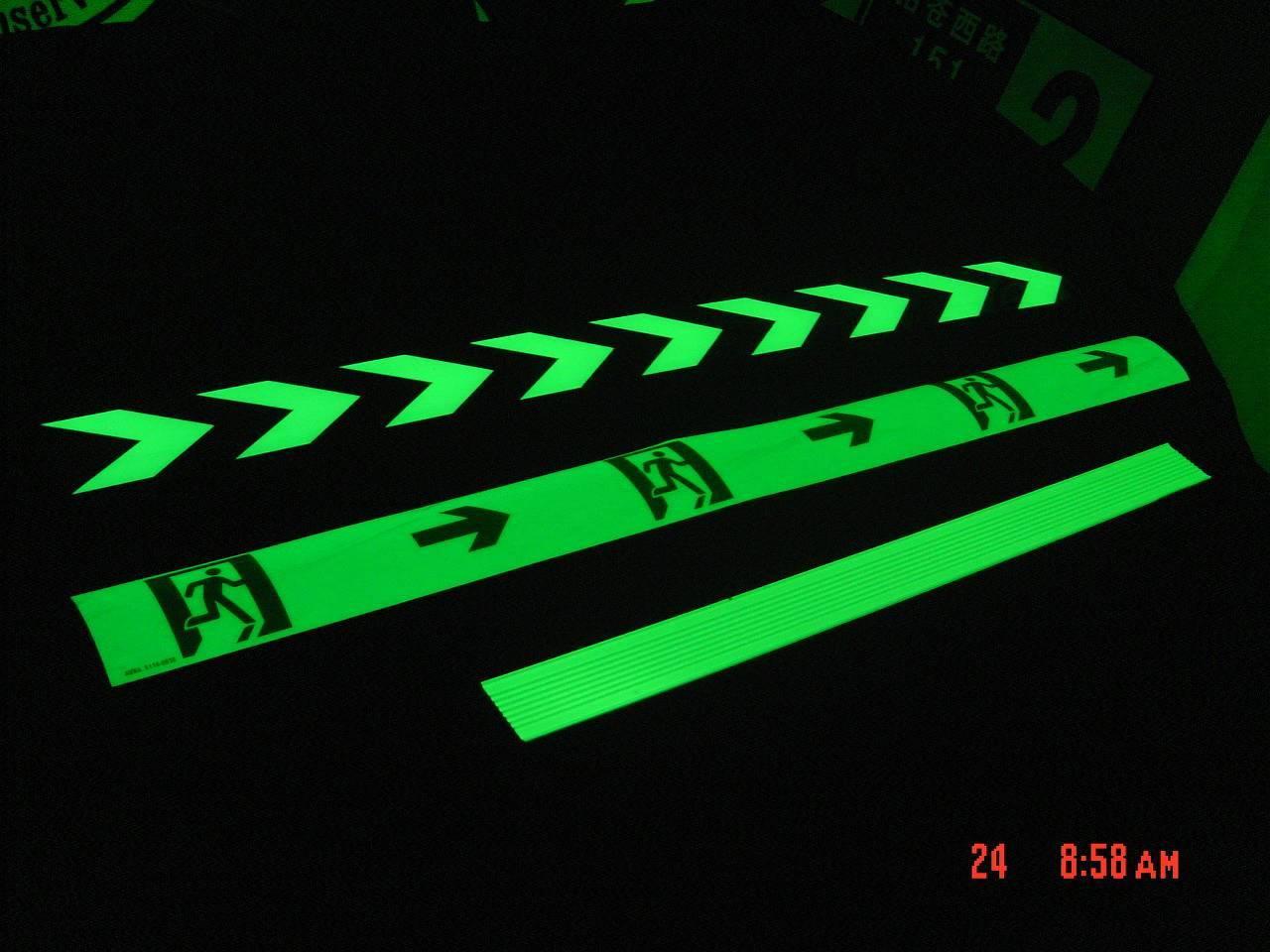 photoluminescent Anti-slip tape / glow in the dark tape