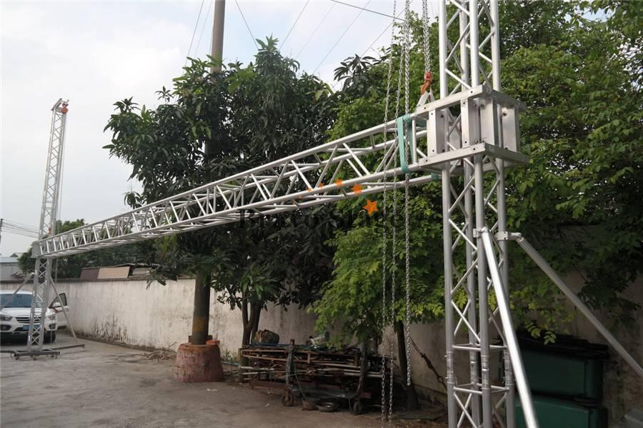 goal post truss for hanging lighting and speaker