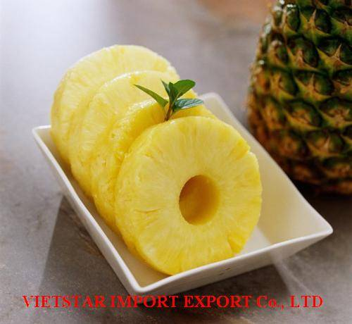 CANNED PINEAPPLE IN SYSUP