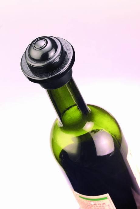 Elegent wine vacuum sealer set