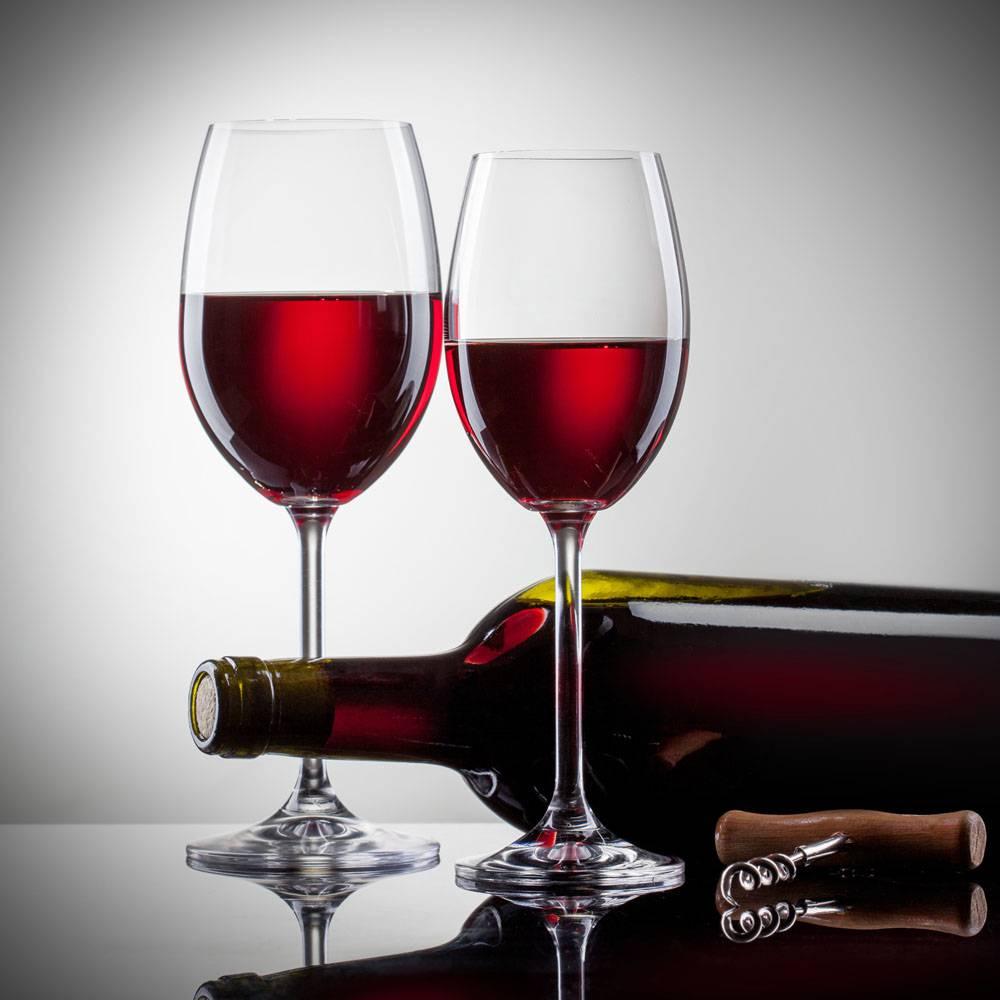 Elegant hand blown nice quality wine glasses