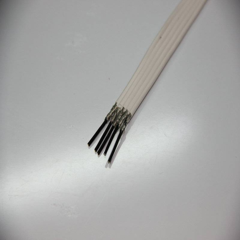 Disposable ecg lead wire