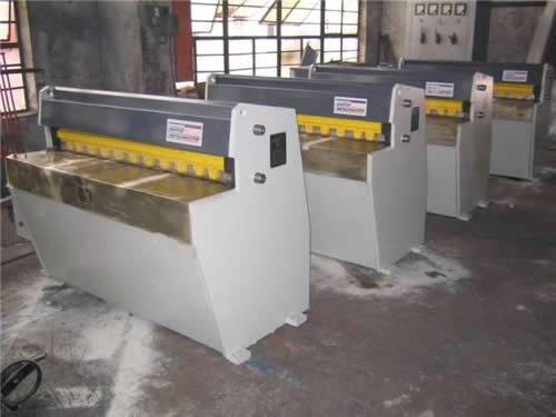 Precision Mechanical Shearing Machine QH11D