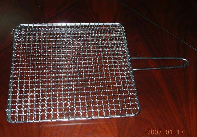 square barbecued grill netting