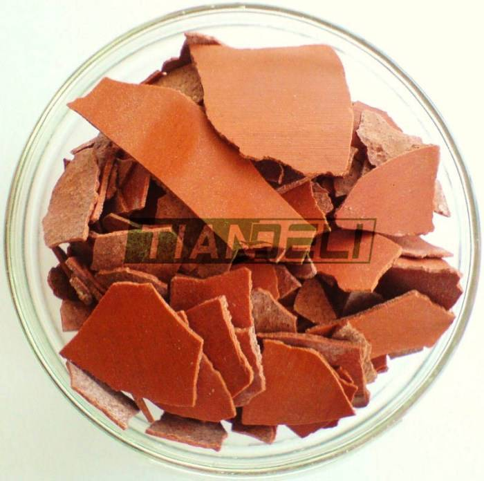 red flakes 60% sodium sulphide