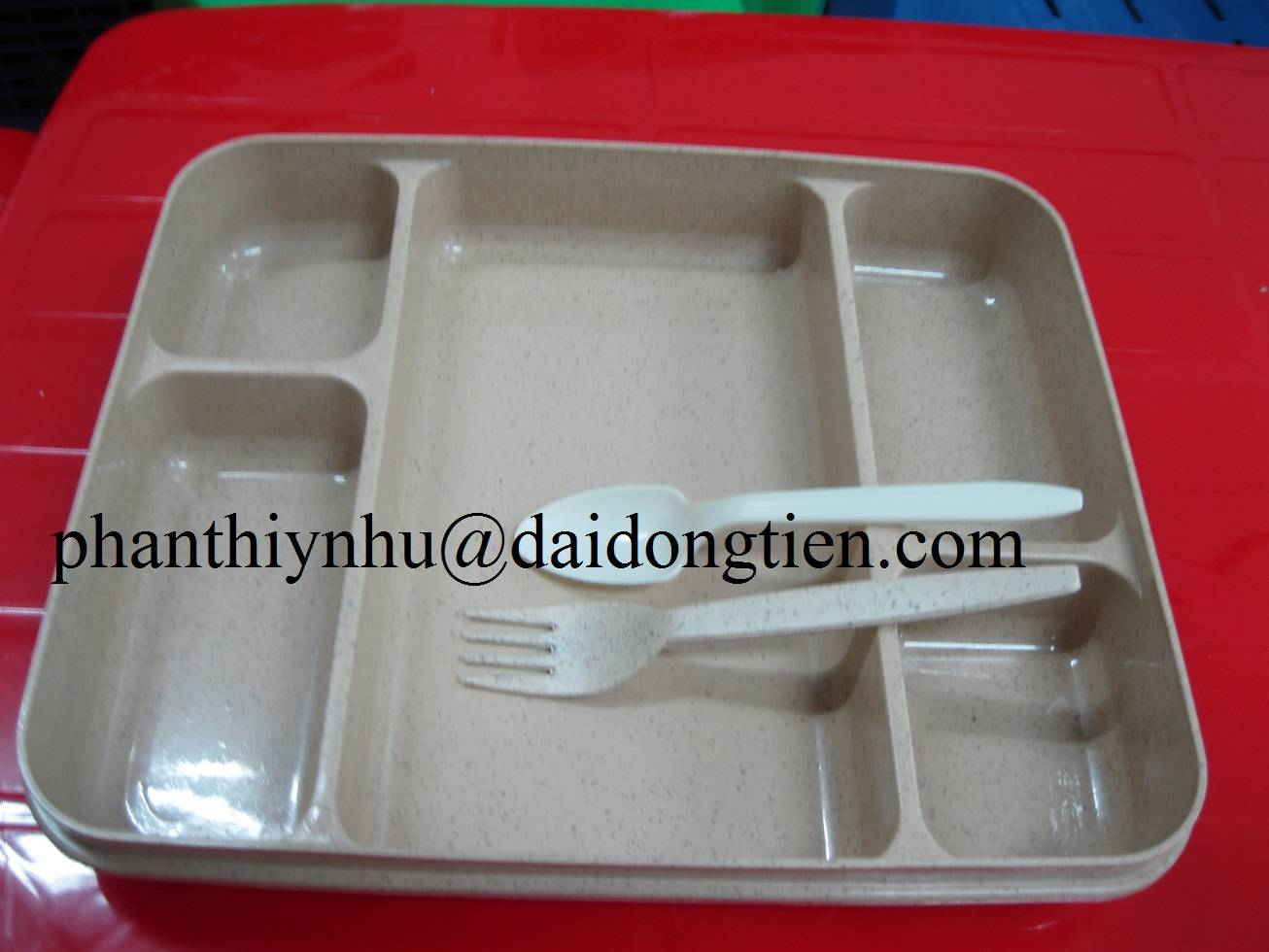 Supply plastic lunch box - 6 drawers