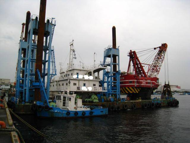 purchase 16-23m3 grab dredger