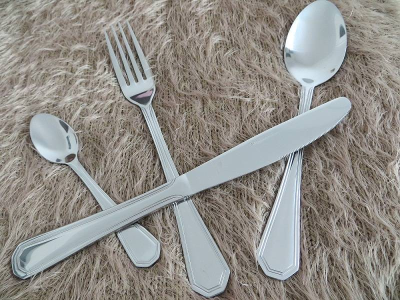 FLATWARE SET ST8617
