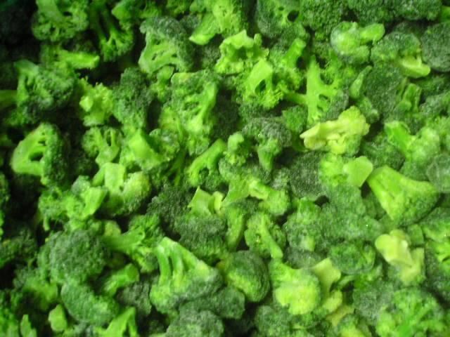 strawberry,broccoli