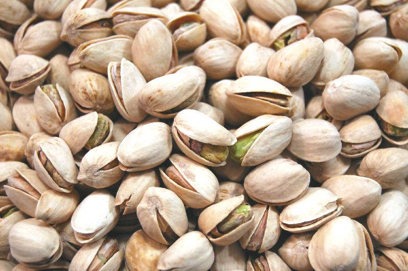 High Quality Pistachio Nuts (Raw and Roasted)