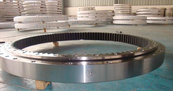 Excavator Carterpillar 215B Slewing Bearing/Ring/Circle