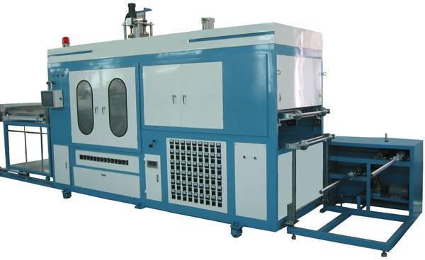 Automatic vacuum forming plastic moulding machine
