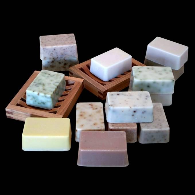 Natural hand made soap (Candle Bush)