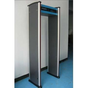 SF-200SF-200 Walk through metal detector