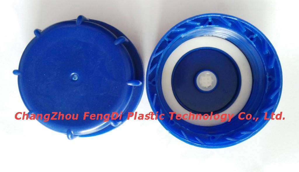 Vented caps for HDPE Jerry Cans