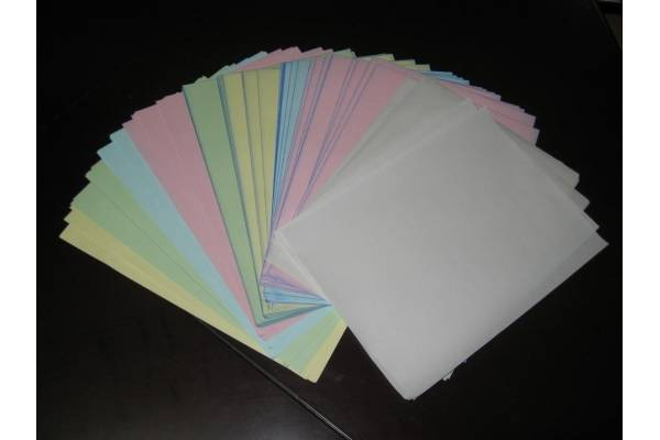 carbonless copy paper / NCR paper
