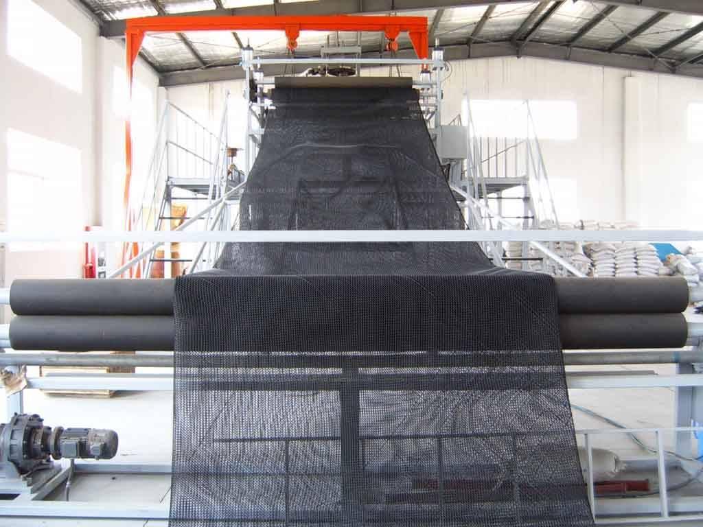 Plastic drainage net production line