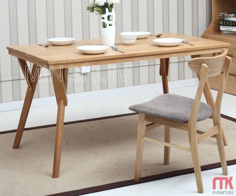 Solid wood oak material Dining table with chaie set