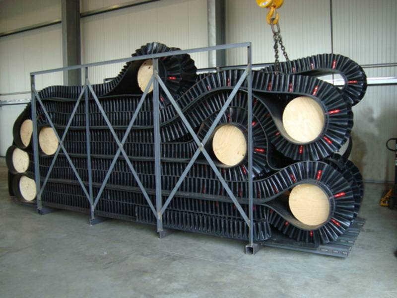 Lanjian plant price CE/DIN certified nn/nylon canvas large loading capacity high angle corrugated si