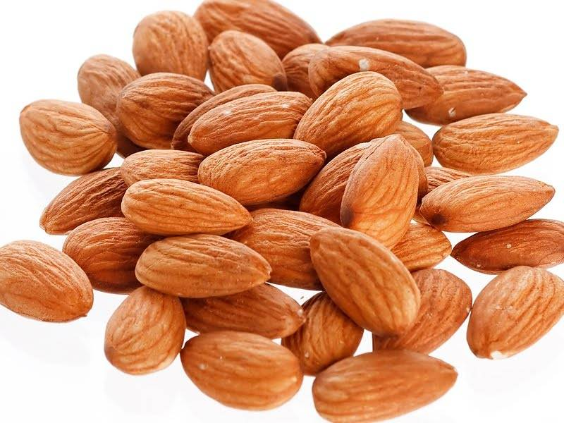 Almonds nuts and kernels
