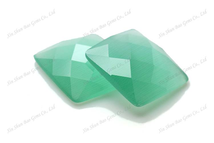 Alibaba China wholesale synthetic glass cat eye gemstone