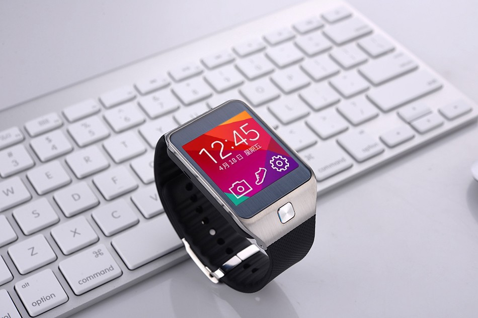 New Bluetooth Hear Rate Smartwatch with Rear Camera Vibration Mode For Android Smartphones