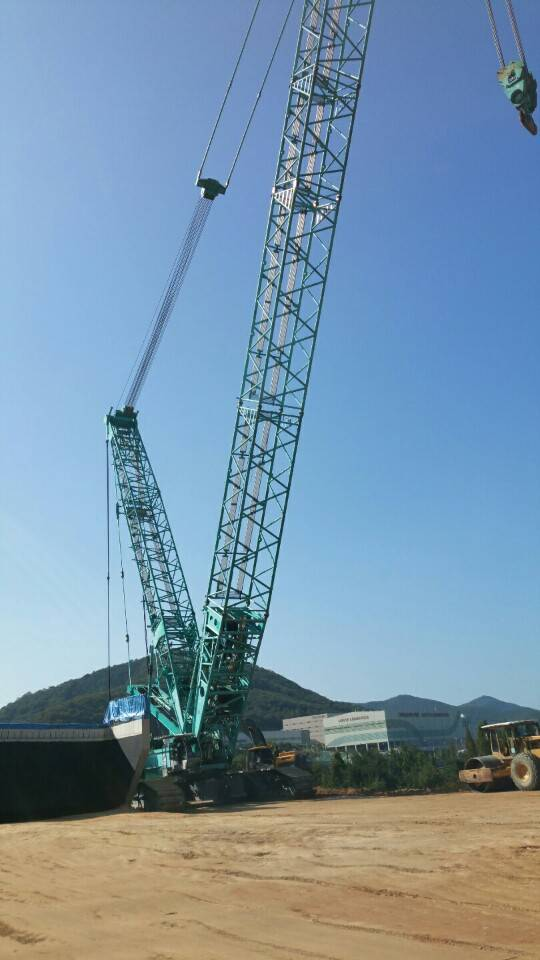 used Kobelco 400 ton crawler crane
