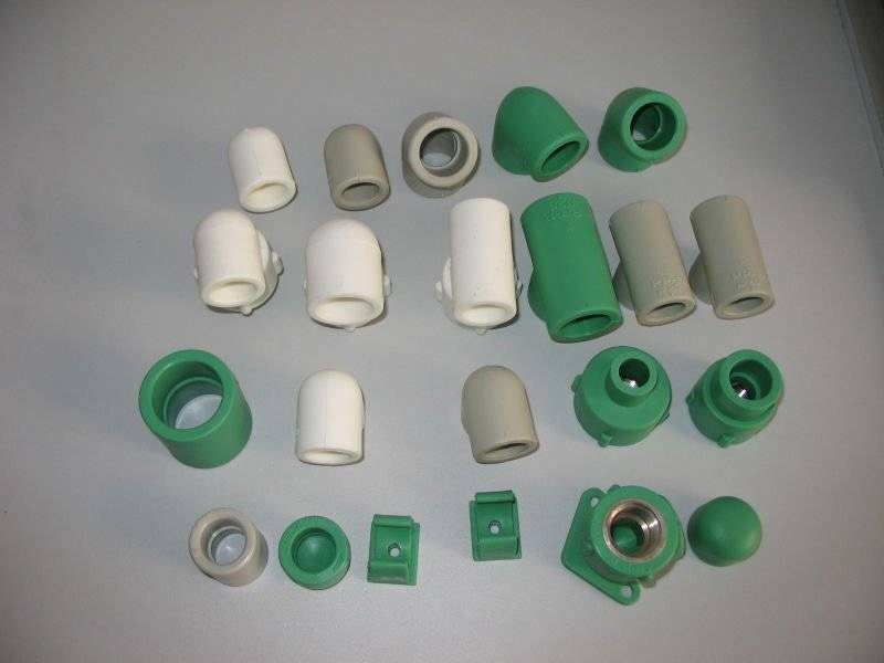 PP-R pipe fitting