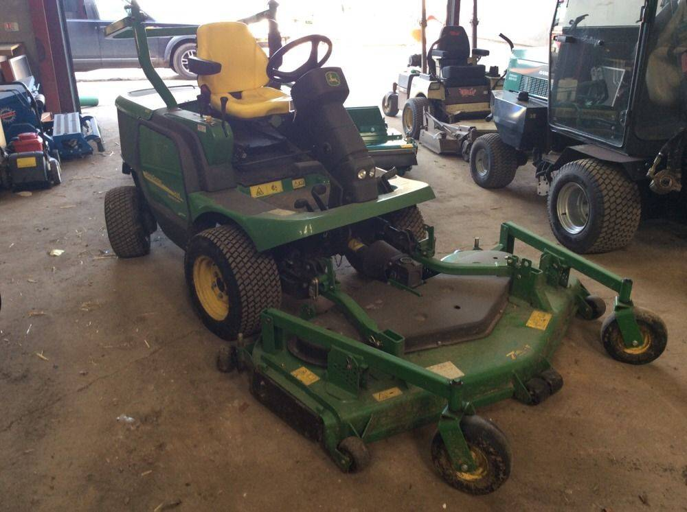 John Deere 1445 4wd Rotary Ride On Mower 72 Cut VAT Included In Price