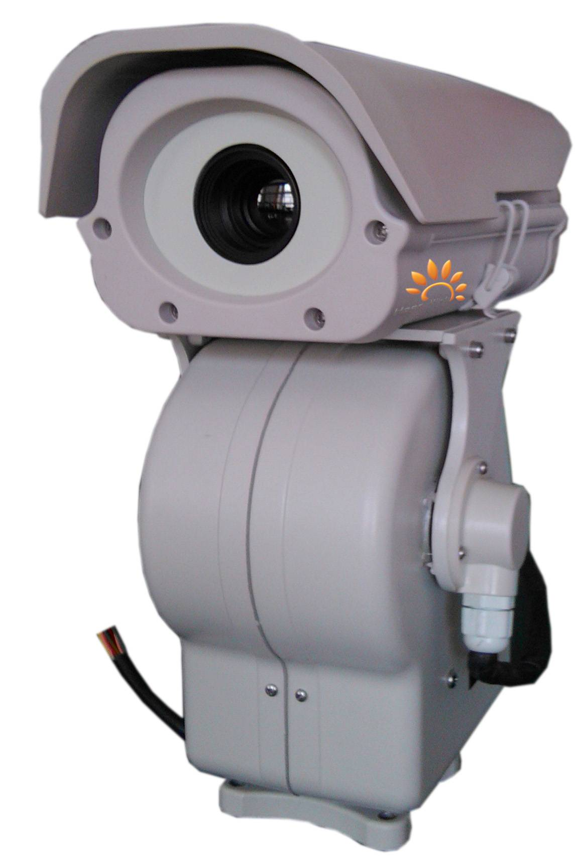Long-distance zoom thermal cam