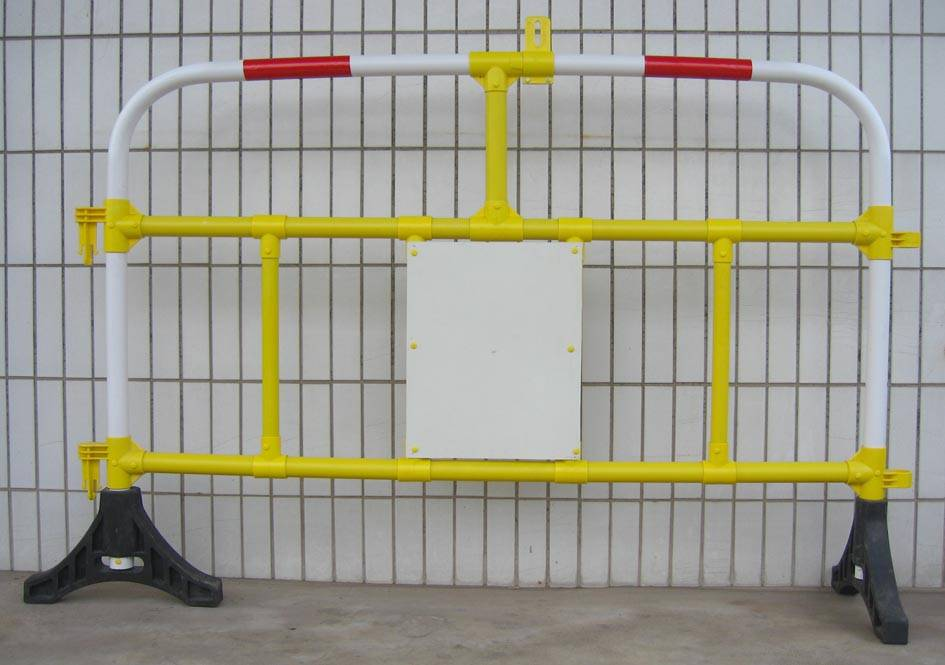 Titan Barrier power Vantage Barrier Premier Secure Barrier Plastic Road Barrier Safety Barriers