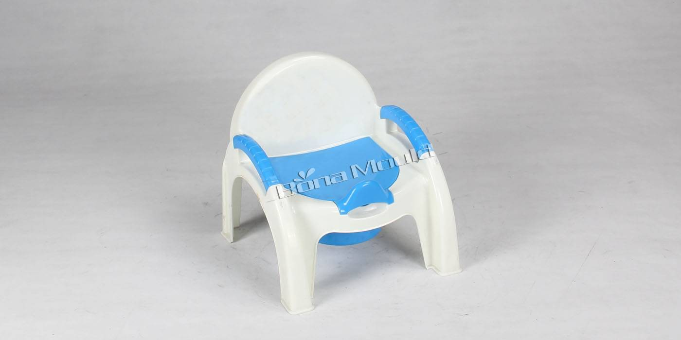 Plastic baby urinal mould