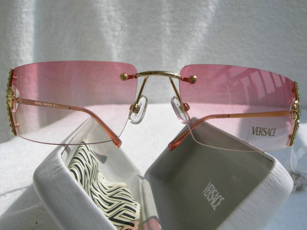 wholesale ray ban louis vuitton chanel gucci versace sunglasses