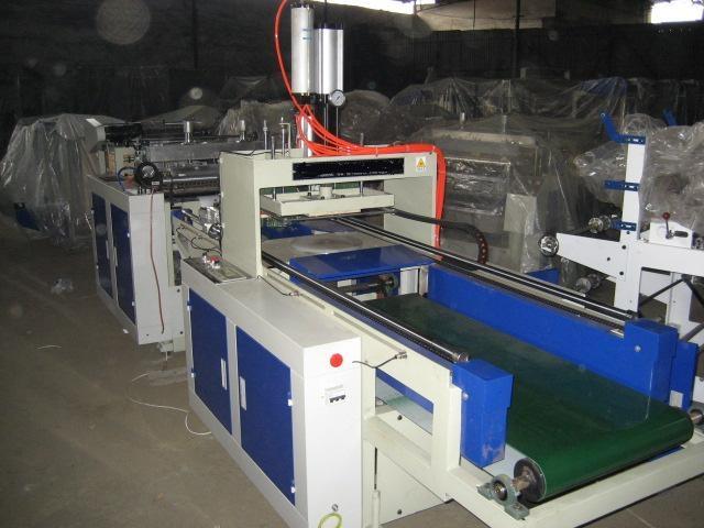 Auto Single-Line Plastic T-Shirt Shopping Bag Making Machine