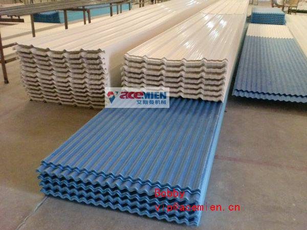 Durable PVC Roof Sheet Machine / Tile Making Machinery for Roofing , Walling and Cladding