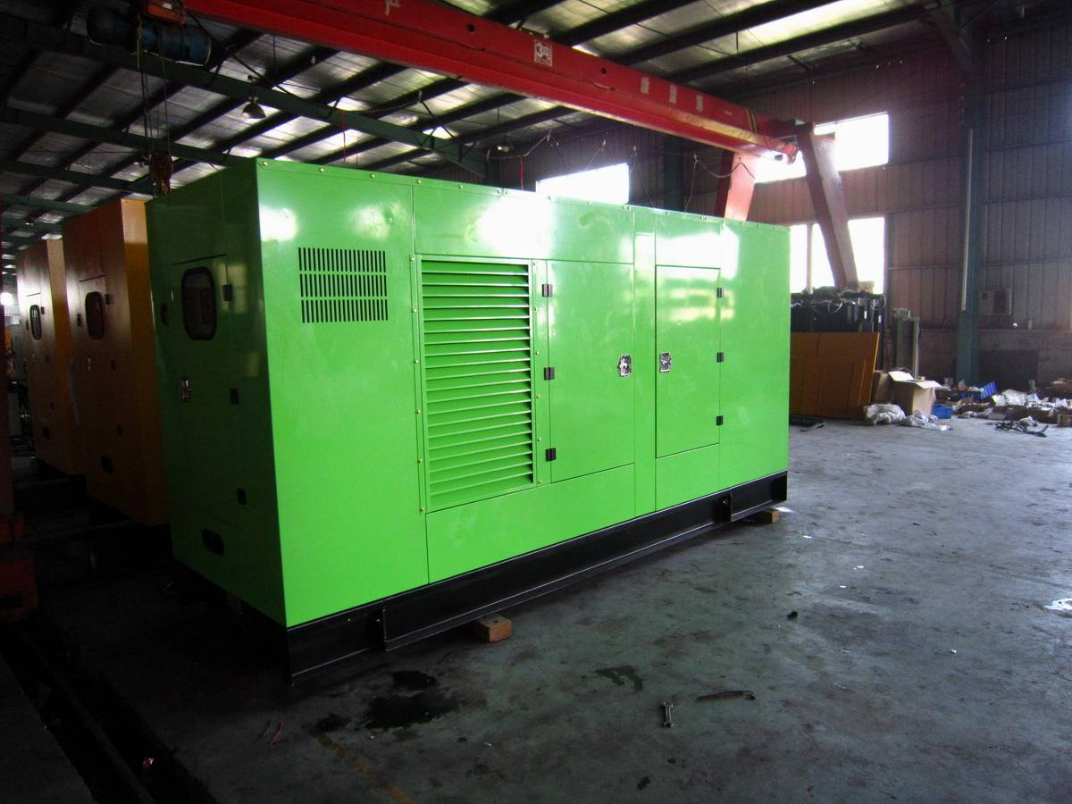 Stock for Industrial Power Generator with Super Silent, Hyundai Engine, Stamford Alternator