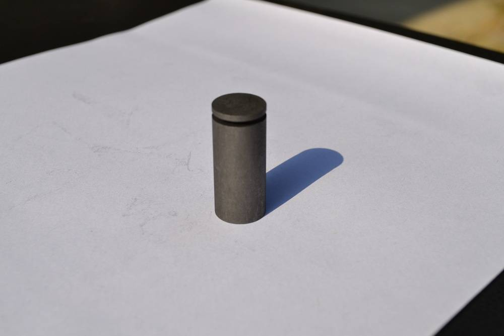 Free shipping LECO 782-720Shd High Temp Graphite Crucible 0.5 OD - for high temp alloys and refract