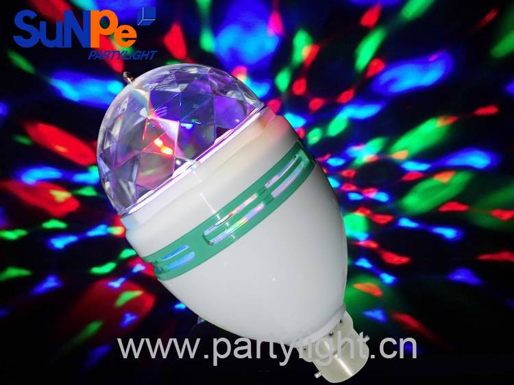 Self-rotating Mini disco light bulb